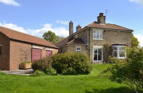 Last Minute Cottages - Deneville