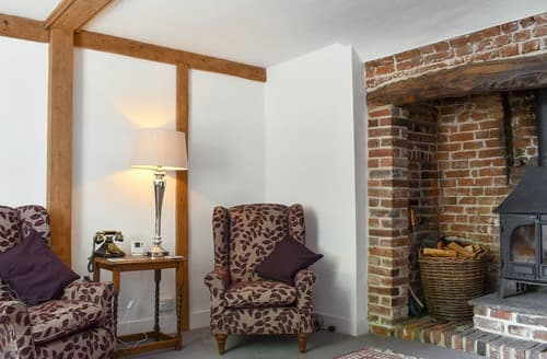 Last Minute Cottages - Holme Cottage