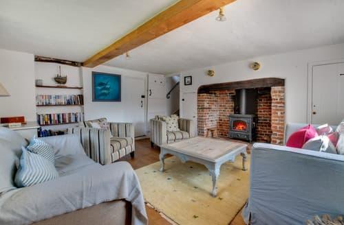 Last Minute Cottages - 2 Anchor Cottage