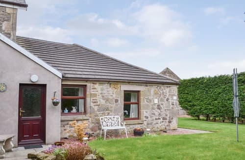 Last Minute Cottages - Little Annexe Cottage at Newhouse Farm