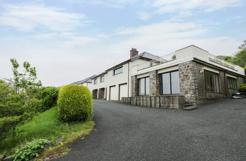 Big Cottages - Plas Cadfor