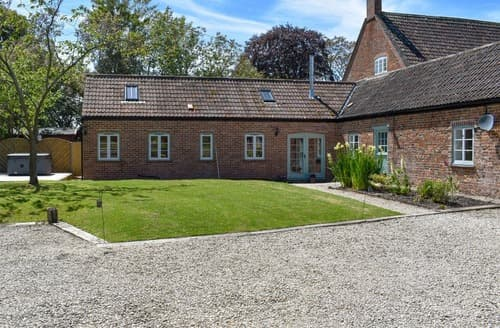 Big Cottages - Nightingale Barn