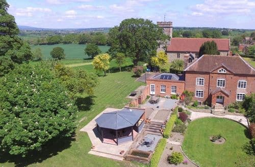 Last Minute Cottages - Broad Meadows Farmhouse, Bayton