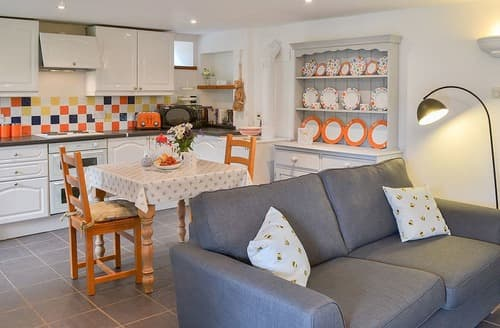 Last Minute Cottages - The Cosy Nook