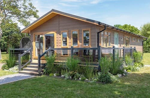 Last Minute Cottages - Spinney Lodge