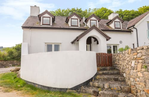 Last Minute Cottages - Pen y Lon