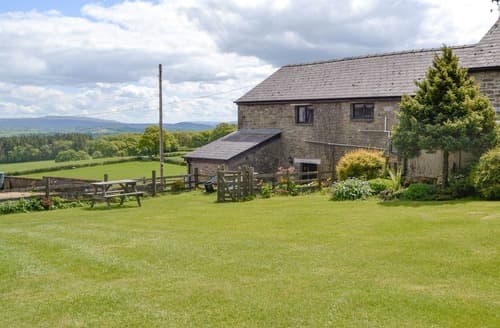 Last Minute Cottages - Mountain View-UK11825