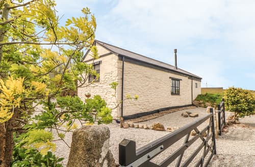 Last Minute Cottages - Beacon View