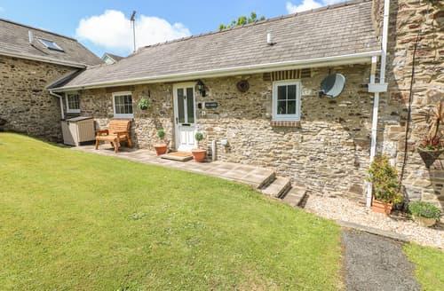 Last Minute Cottages - 4 Honeyborough Farm Cottages