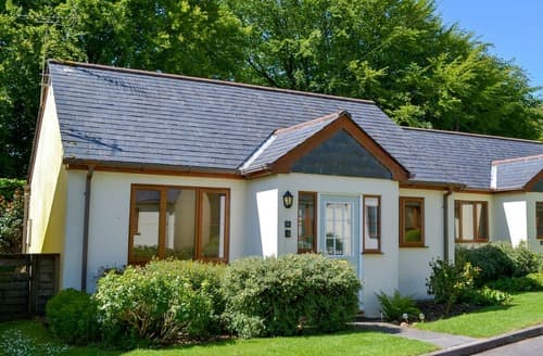 Last Minute Cottages - Hedgehogs Retreat