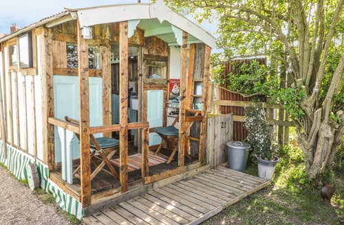 Last Minute Cottages - The Chicken Shed (983413)
