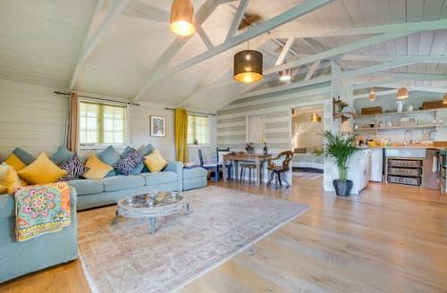 Last Minute Cottages - The Charlestone
