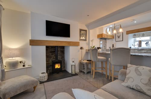 Last Minute Cottages - Naw Stryd y Capel