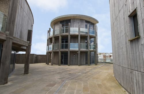 Last Minute Cottages - Westbay Penthouse