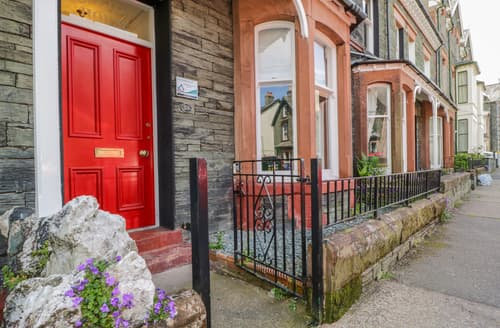Last Minute Cottages - Sefton House
