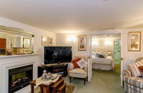 Last Minute Cottages - The Garden House-UK11837