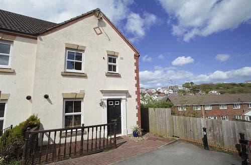 Last Minute Cottages - 312 William Gammon Dr, Limeslade