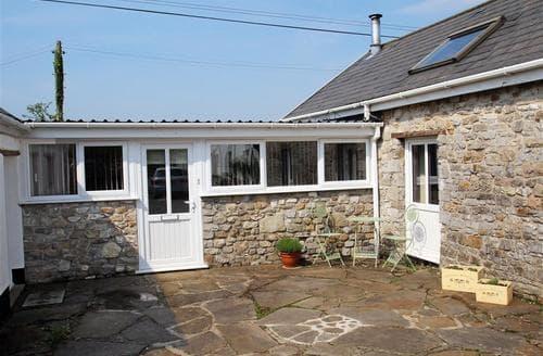 Last Minute Cottages - Little Lunnon Annexe, Gower