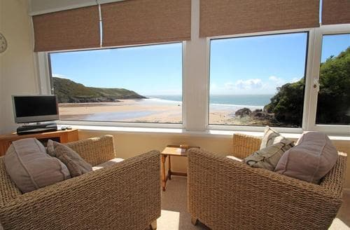 Last Minute Cottages - 9_16 Redcliffe Apartments, Caswell Bay