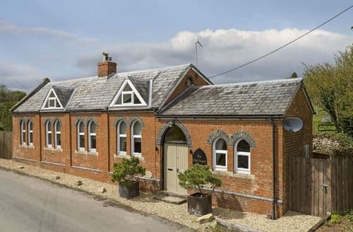 Dog Friendly Cottages - The Old Chapel , Shipton Oliffe