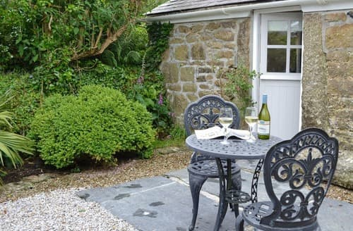 Last Minute Cottages - Curlews