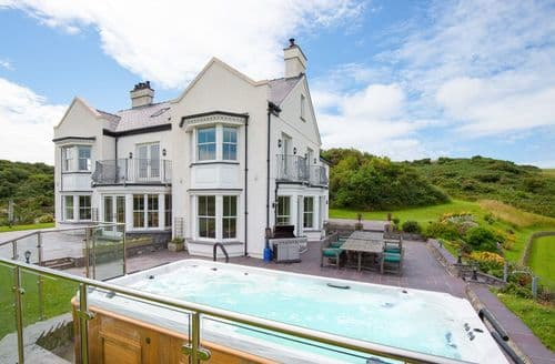 Last Minute Cottages - Llanlliana