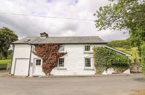Last Minute Cottages - Penlone Cottage