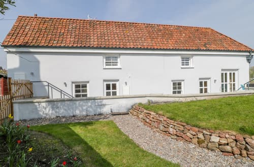 Last Minute Cottages - Avonside Cottage