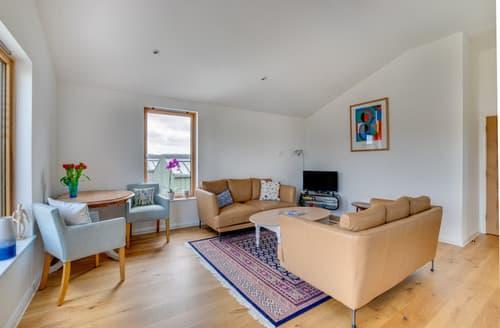 Big Cottages - The Woodbridge Penthouse