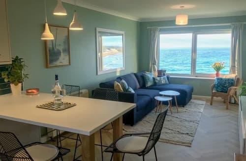 Last Minute Cottages - Apartment 8