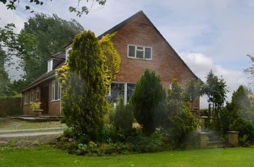 Big Cottages - Glebe Farm Bungalow