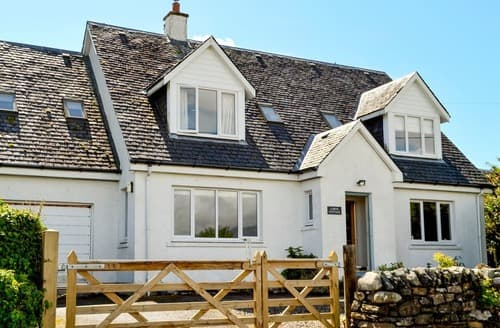 Last Minute Cottages - Lorne Cottage