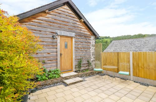 Last Minute Cottages - Tawny Barn