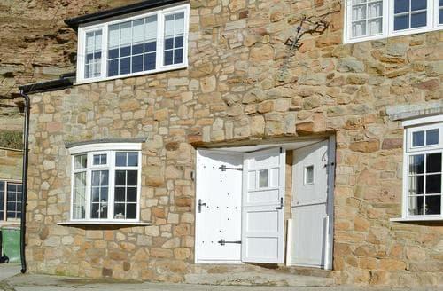 Last Minute Cottages - Rockpool Cottage
