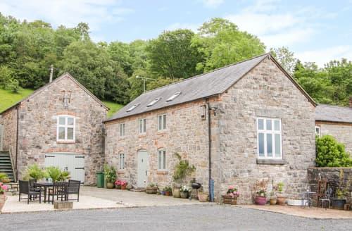 Last Minute Cottages - Graig Gwyn Cottage