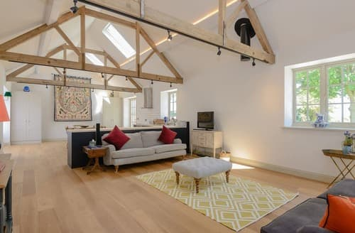 Last Minute Cottages - The Polo Barn