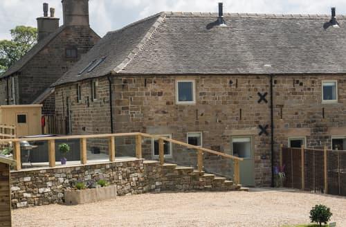 Last Minute Cottages - Parlour Barn