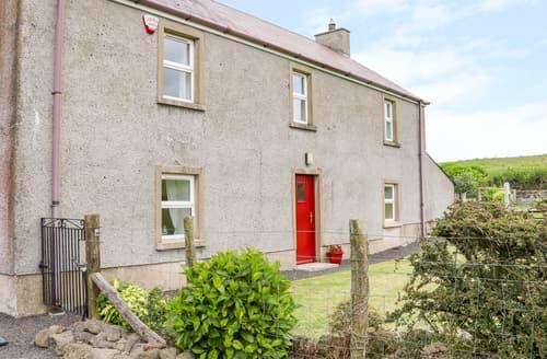 Last Minute Cottages - Shaws Hill Farmhouse