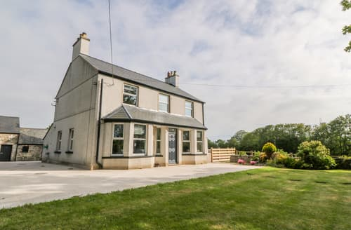 Last Minute Cottages - Glyn Ewryd
