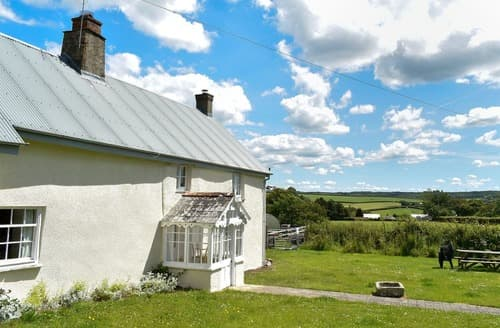 Last Minute Cottages - Well Farmhouse - UK11880