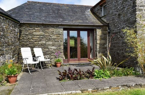 Last Minute Cottages - Round House - UK12083