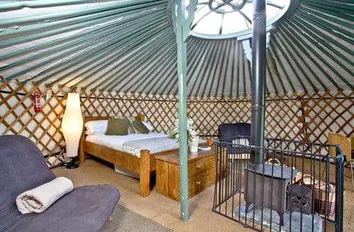 Last Minute Cottages - Yurt 4, East Thorne Farm, Bude, Bude