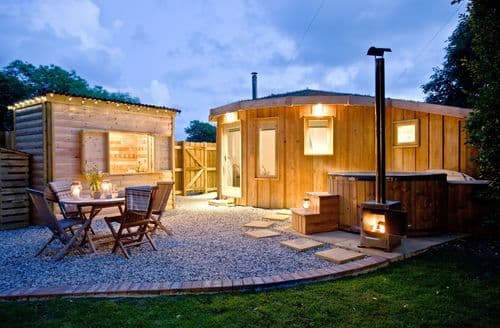 Last Minute Cottages - The Roundhouse, East Thorne, Bude, Bude