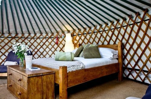 Last Minute Cottages - Yurt 3, East Thorne, Bude, Bude