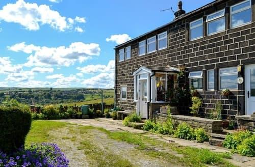 Last Minute Cottages - Club House