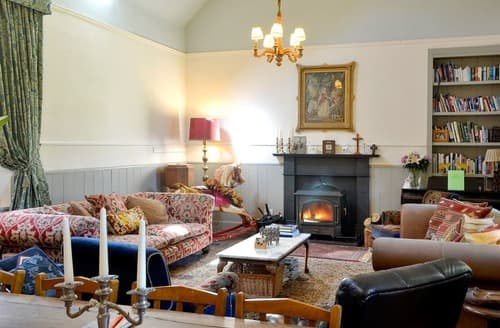 Last Minute Cottages - The Old Schoolhouse