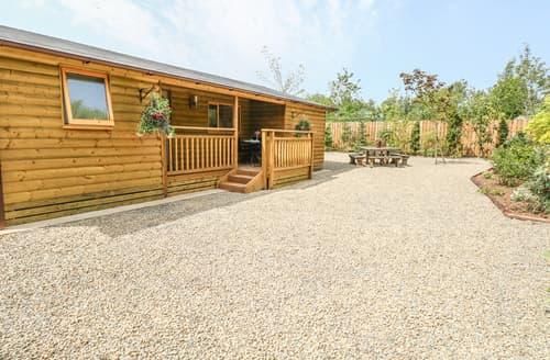 Last Minute Cottages - Fern Lodge