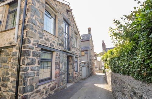Last Minute Cottages - Bron Rallt Newydd