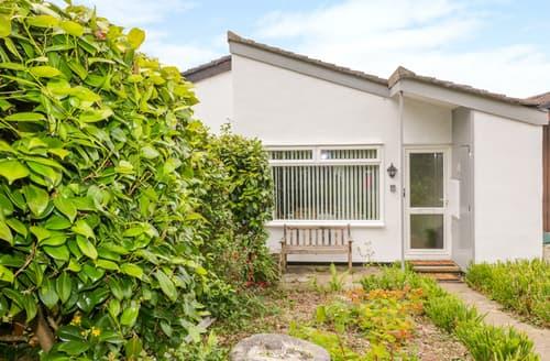 Last Minute Cottages - 43 Penhallow Close