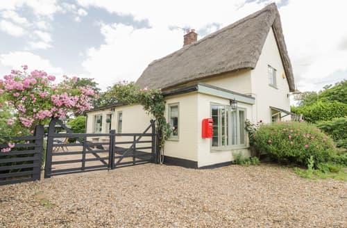 Last Minute Cottages - Waveney Cottage